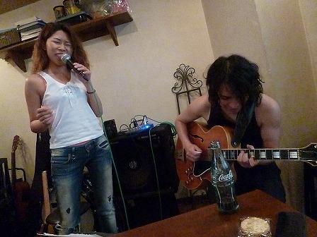ボーカル受講者とギター受講者のセッション講義
