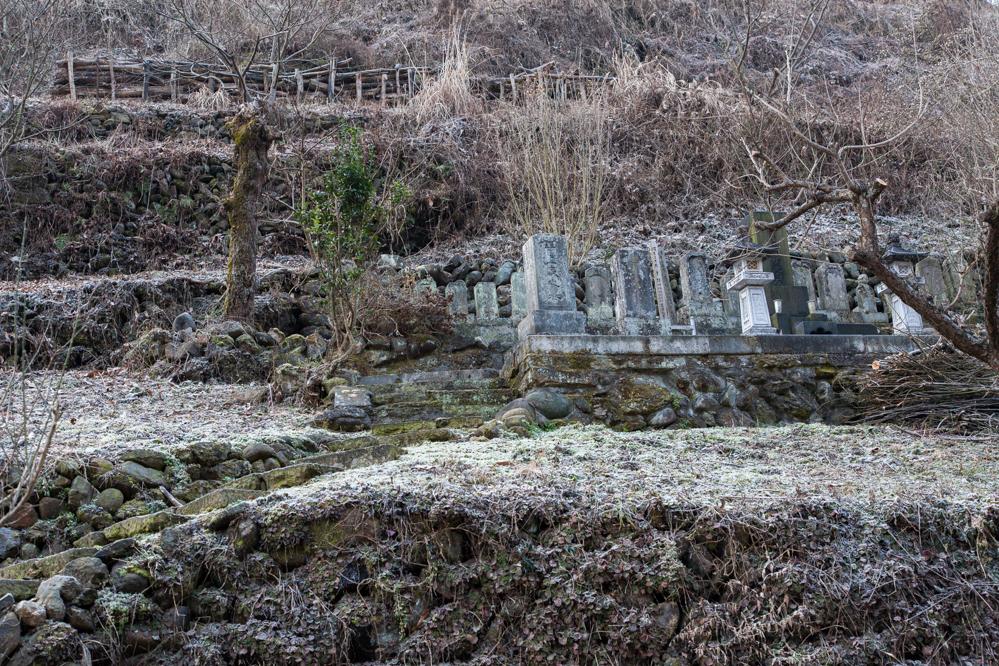 南牧村1000-墓-6