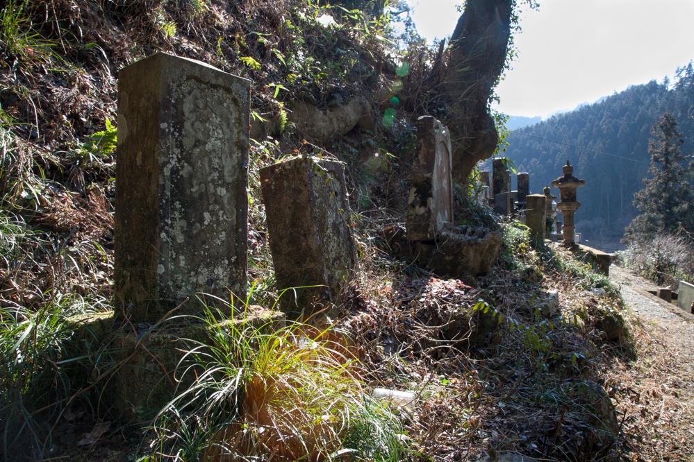 南牧村1000-墓-8