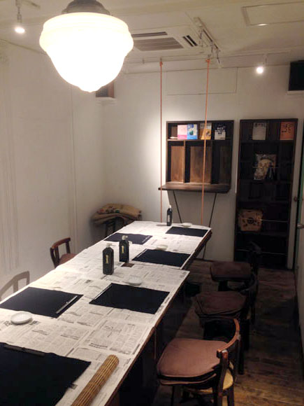 井の頭カフェ書道教室 練習風景 1