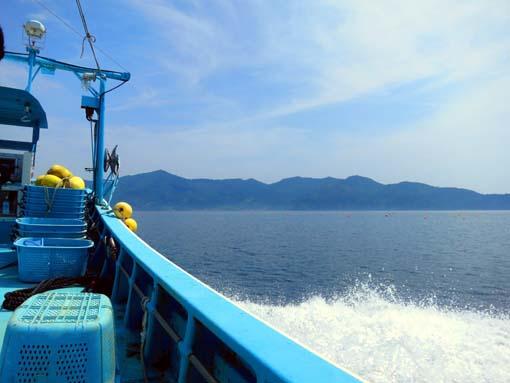 2012年 雄勝町 成澤さんの漁船 雄勝湾にて