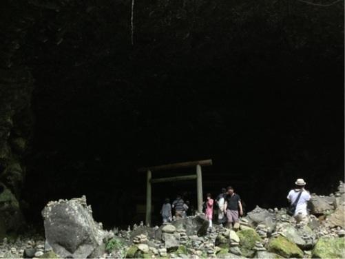 天岩戸神社 天安河原 1