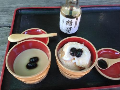 ヤマロク醤油 醤油プリンと醤油かけかけアイス