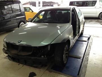 BMW01