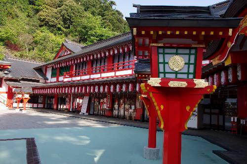 赤い!太鼓谷稲成神社7