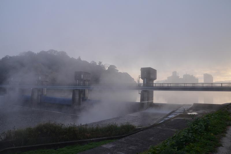 底霧 (8)