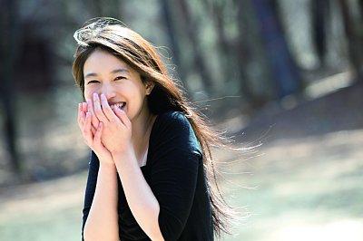 謎の、謎の美女YURI