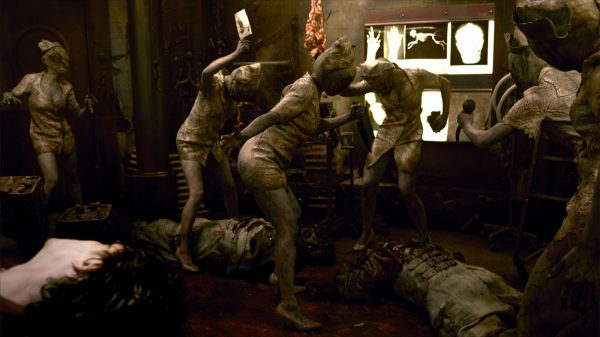 Silent_Hill-Revelation_3D_nurses.jpg
