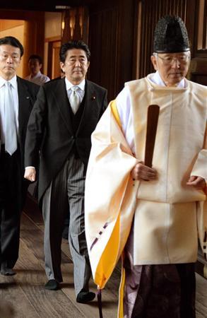 安倍総理の靖国参拝