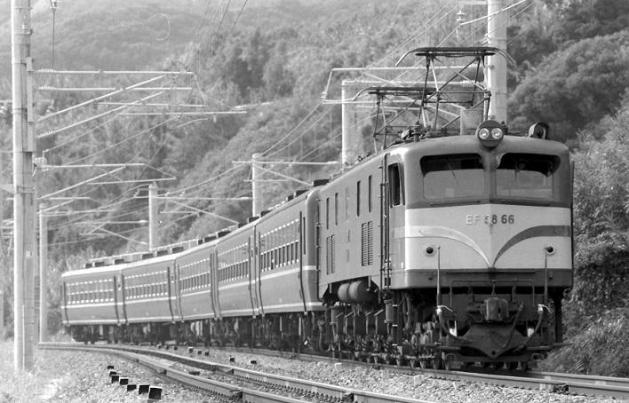 EF5866 紀勢本線普通列車 昭和60年2