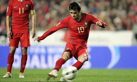 Portugals-Deco-takes-a-fr-001.jpg