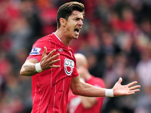 Southampton-v-Fulham-Jose-Fonte-celeb-2-Barcl_2841352.jpg