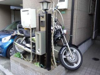 バイク置き場?