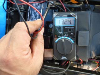 リチウムバッテリーの電圧