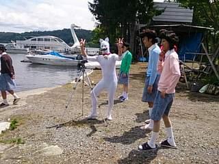 20130718 大勢のサザエさんとタマ(畔上)