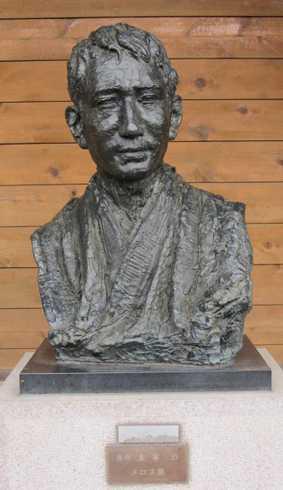 7 津軽の像記念館 2