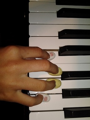 靴とピアノ