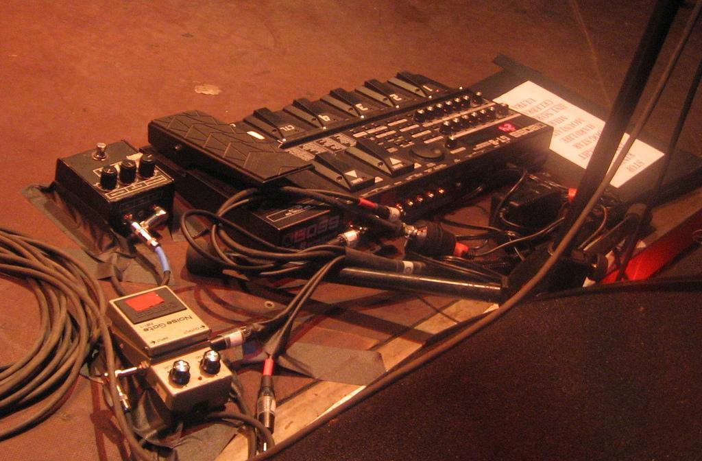 001Nuno-gear2.jpg