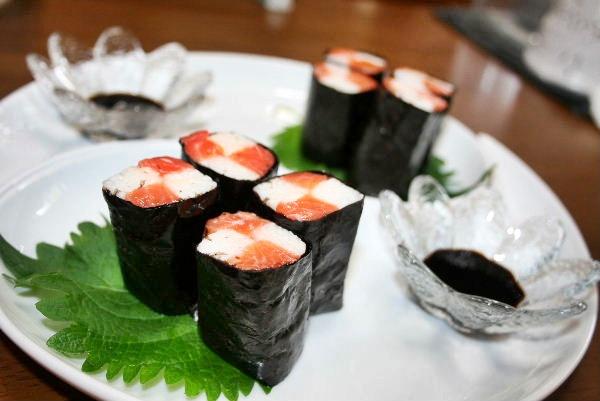 サーモン長芋の海苔巻き