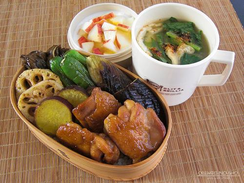 秋野菜と鶏の黒酢照り焼き弁当01