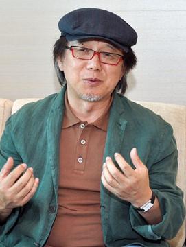 ユン・ソクホ監督