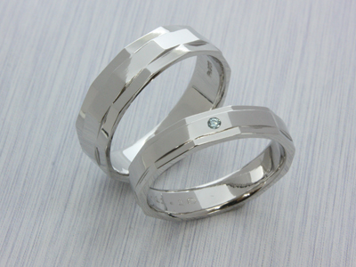 【Oreficeria高林】浜松市オーダーメイドの婚約指輪(エンゲージリング)・結婚指輪(マリッジリング)/11面カットマリッジリング