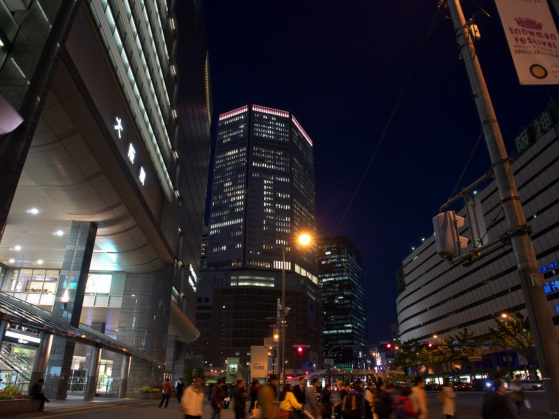 梅田 夜景 夜の街