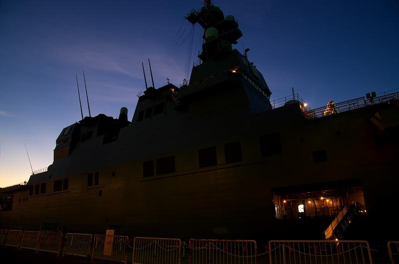 護衛艦「いせ」天保山岸壁寄港 夜景編