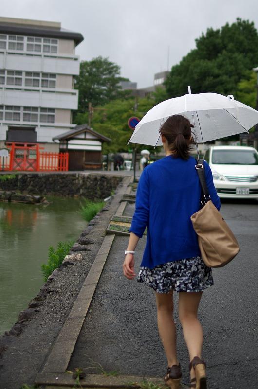 雨のならまち