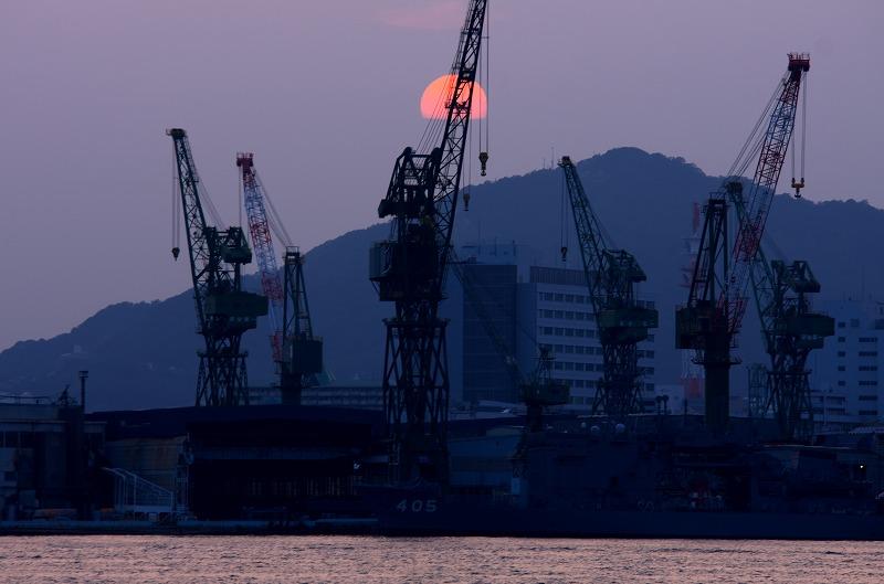 ポーアイしおさい広場 夕陽