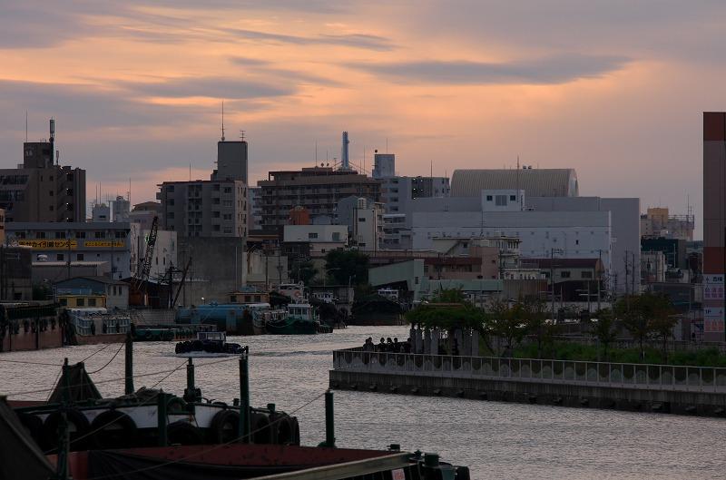 中之島西 大阪市中央卸売市場前港