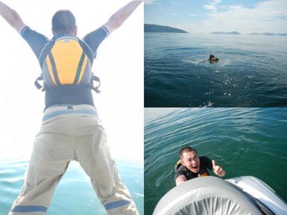 海に飛び込んだ―!