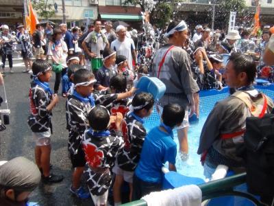 富岡八幡宮例祭④(仮設プール)