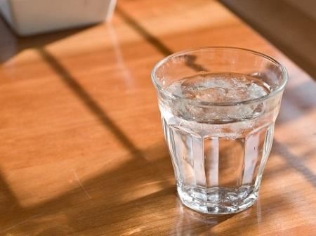 水コップ画像