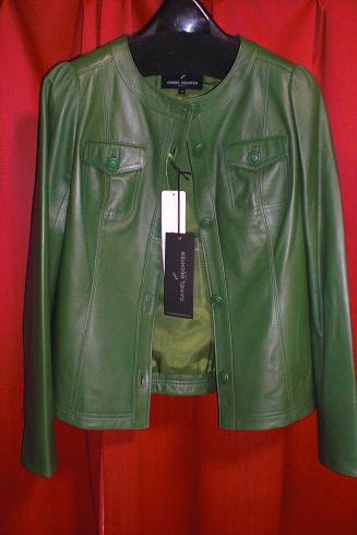 緑革ジャケ