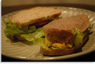 カフェモールのサンドイッチ