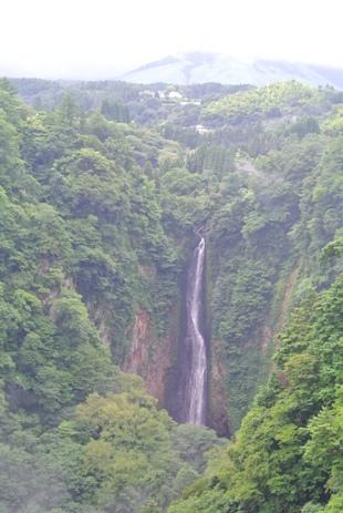 震動の滝4