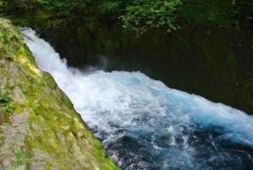 菊池渓谷黎明の滝下