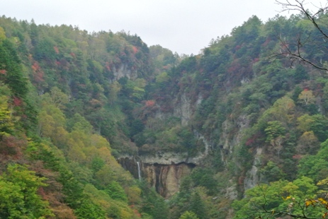 常布の滝遠望2