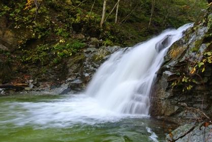 一の滝 鮎返し 右岸より