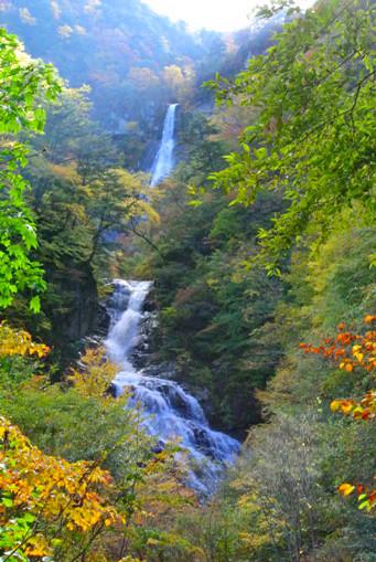 精進が滝+九段の滝
