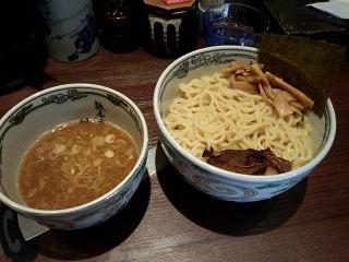 麺屋武蔵 神山 01