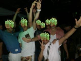 ウメちゃんの夜遊びナイトライフ動画