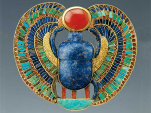 象徴 古代 エジプト 復活 虫 の