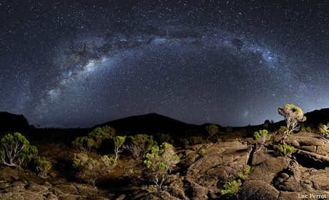 pictures-night-sky-astrophotography-photo-contest-reunion-island-milky-way_35567_big.jpg
