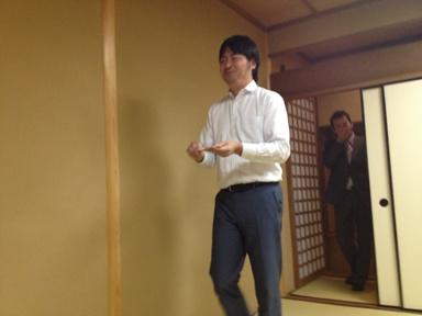 入室 オサム先生