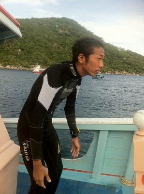 タイ タオ島 ダイビング ダイブマスター りょう マンゴーベイ