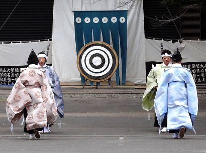 浅間神社奉射祭大的式-7