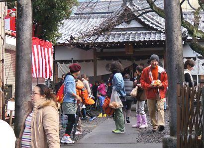 稲荷神社の節分祭-9