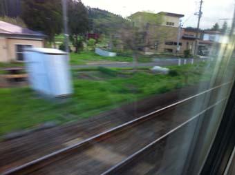 秋田2 走り去る車窓